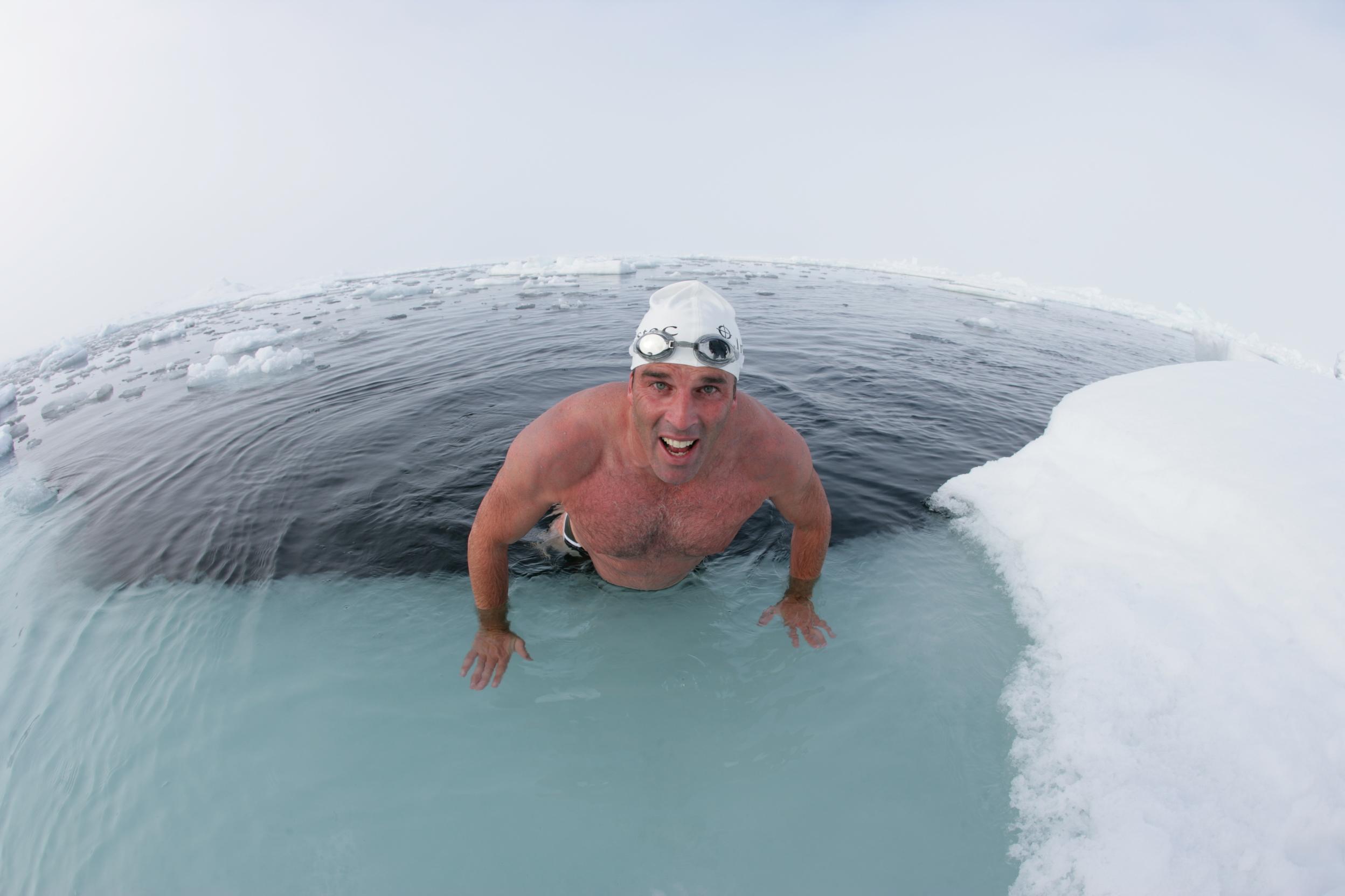 شنا در هوای سرد
