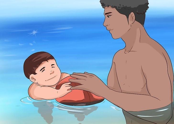 آموزش شنا به کودکان زیر 2 سال